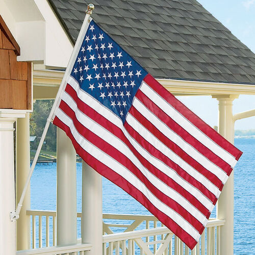 Tangle-Free Spinning Flag Pole & Flag Set